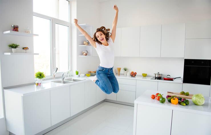 Küchenreinigung für eine Küche wie neu: Mit besenRein behält Ihre Küche ihren strahlenden Glanz und bleibt beim Kochen für Sie uns Ihre Familie hygienisch völlig unbedenklich.