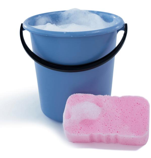 Unsere Reinigungsfirma besenRein verspricht Ihnen durch eine Reinigung mit Seifenlauge und Wasser hygienische Reinheit und Sauberkeit.